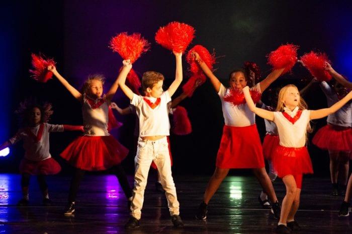 4 Ways Performing Arts Can Benefit Kids